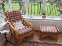4 Piece Cane Conservatory Suite in good condition