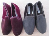 Two pairs of Men's Slippers