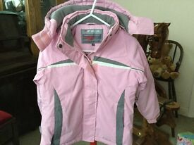 Very pretty child's coat size 7-8