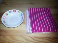 Bowls and tea towels
