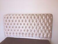 King size velvet upholsted button bed