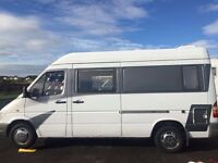 Mercedes sprinter motor home (low Milage) amazing van!!!