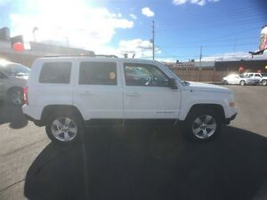 2011 JEEP PATRIOT NORTH 4X4- ALLOY WHEELS, CRUISE CONTROL, KEYLE Windsor Region Ontario image 6