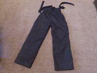 Dare2be black lady's size 10 ski trousers