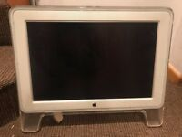 APPLE CINEMA DISPLAY 20″ – 2003 Featured a 20″ active matrix LCD display
