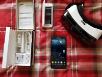 Samsung Galaxy Note 4 **As New SIB** & Gear VR and accesories