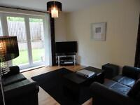 Stunning 3 double bedroom 2 bathroom g/f flat Dalry/Haymarket w large private garden & pvte parking