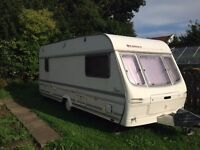 Lunar Planet Venus SE 1996, 5 berth caravan for sale with full awning. Great Family Van