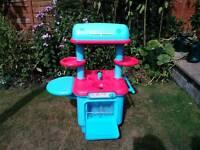 """ELC """"Sizzlin kitchen"""" VGC Child's play kitchen"""