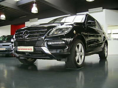 Mercedes-Benz ML 350 BlueT 4M/ Comand/ ILS/ Leder/ AHK/ 1.Hand