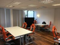 Desk(s) to rent in small, professional office Shoreditch/City/Tower Bridge (REDUCED, NO AGENT)
