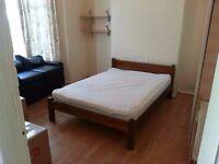 Room rent, arty house in Bruce Grove, Tottenham