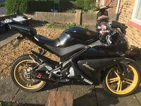 Yamaha r-125, Black and Gold, Cat C, Great Condition, 7200 mileage
