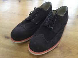 Brown suede brogue-style casual men's shoes