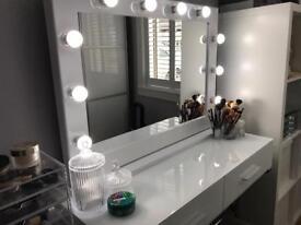 Brand New Hollywood Vanity Makeup Mirrors