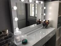 Brand New Hollywood Vanity Makeup Mirrors