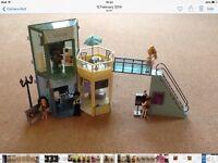 Lil Bratz Fashion Mall, accessories and dolls