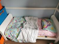 toddler bed white