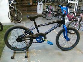 MUDDYFOX FRACTURE BMX BIKE 20 INCH WHEELS BLACK/BLUE GOOD CONDITION
