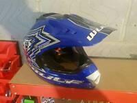 Signed kids Wulf motor bike helmet