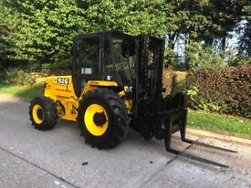 Jcb 926 rough terrain forklift/loader. With bucket and forks very clean
