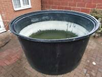 Koi quarantine holding, growing on tank bucket Bargain No crack No leaks