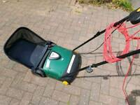 B&Q Lawn Taker TRY400LRB. Electric Lawn Rake/ scarifier