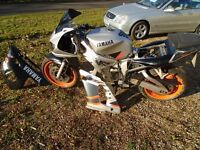 Yamaha R6 amazing lovely condition but engine missing, PX or SWAP car or bike/scooter