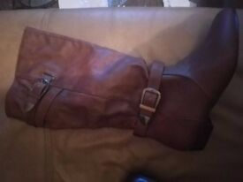 **Brand New Ladies Long Brown Leather Boots Size 5**