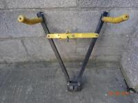 BIKE CARRIER -CLAMPS TO TOW BAR BALL