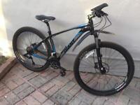 Giant Talon 0 29er mountain bike