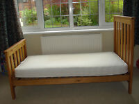 Baby child cot bed