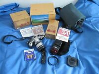 Sigma SA5 Camera with sigma flashgun lens 28-200 remote control