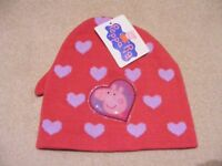Peppa Pig Beanie Hat and Gloves Set Heart Design Age 3-6: Brand New and Unused