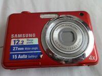 Samsung ES Series ES9 12.2MP Digital Camera - RED - EXCELLENT