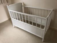 VINTAGE 1950s WHITE LEAD FREE PAINTED COT