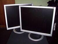 """Samsung SyncMaster 19""""LCD Monitors - Pair"""