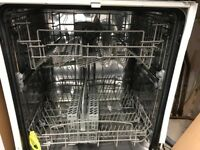 Beaumatic full size intergrated dishwasher