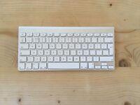 Apple Wireless Keyboard & Mouse (2 x Bundle)