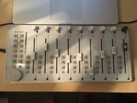 Icon i-controls pro DAW controller