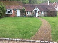 Country Cottage in beautiful location. in Graffham, 20 mins from Chichester. 2 beds.