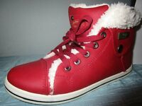 Women's Genuine UGG Red Casual Boots Size 4 / Size 5