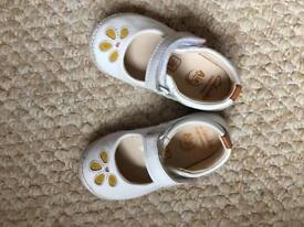 Clarks Shoes [First Shoes Size 4F]