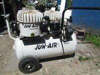 Industrial Jun Air Triple compressor model 6 (silent)