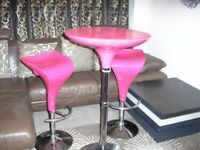 kitchen table n 2 chairs chrome n plastic