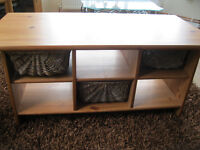 Pine Coffee table with baskets