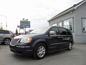 2008 Chrysler Town & Country Limited impeccable credit 100% appr