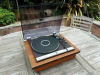 Audiophile quality turntable