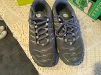 Men's Nike Tn Air trainers grey Size 7,5 used in good condition £15