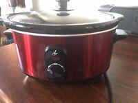 LAKELAND METALLIC RED 3.5 LITRE SLOW COOKER